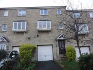 Town House to rent in Micklefield