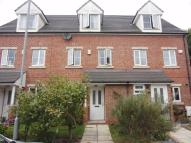 Terraced property to rent in Fawdon Place, Leeds
