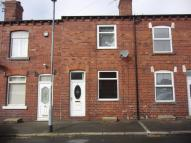 Terraced home in 2 Park View, Kippax...