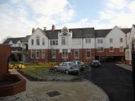 1 bed Apartment in Old School Close, Redhill