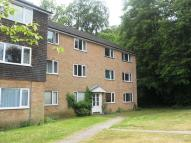 Apartment to rent in Redhill, Surrey.
