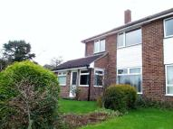 3 bed semi detached home to rent in Woodfield Close, Redhill