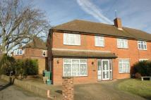 5 bed semi detached house in The Greenway, Epsom
