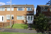 semi detached house to rent in Wallington Road...