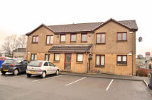 Flat to rent in Lochiel Place, Balloch...