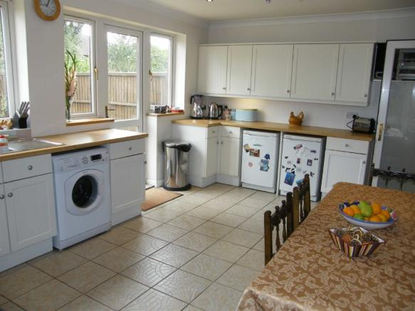 3 Bedroom Semi Detached House For Sale In Wendover Drive