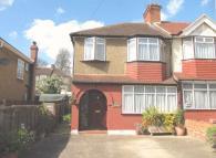3 bed Terraced property to rent in Wadham Gardens, Greenford