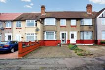 3 bedroom Terraced home to rent in Drew Gardens, Greenford