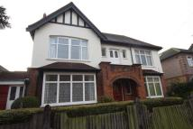 6 bed home in Osterley Park Road...