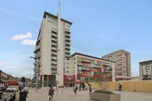 2 bed Apartment to rent in Central Square High Road...