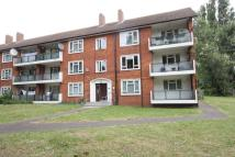 Flat in Dabbs Hill Lane, Northolt