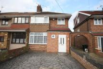 3 bedroom semi detached property in Dawley Road, Hayes
