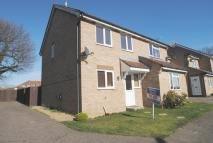 Pretty Drive semi detached property to rent