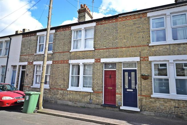 3 bedroom terraced house for sale in thoday street cambridge cb1 for 3 bedroom house for sale in cambridge