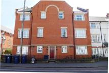 1 bed Flat to rent in Ravensworth Gardens...