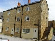 2 bedroom Maisonette in Crewkerne, TA18