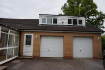2 bedroom semi detached property to rent in Henley Road...