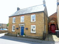 4 bedroom Detached house in Church Street...