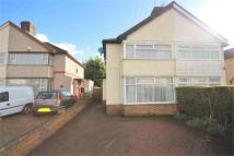 2 bedroom semi detached house in Whitefield Ave, Luton...