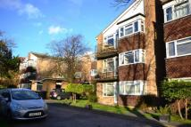 2 bedroom Apartment in Kingston Upon Thames