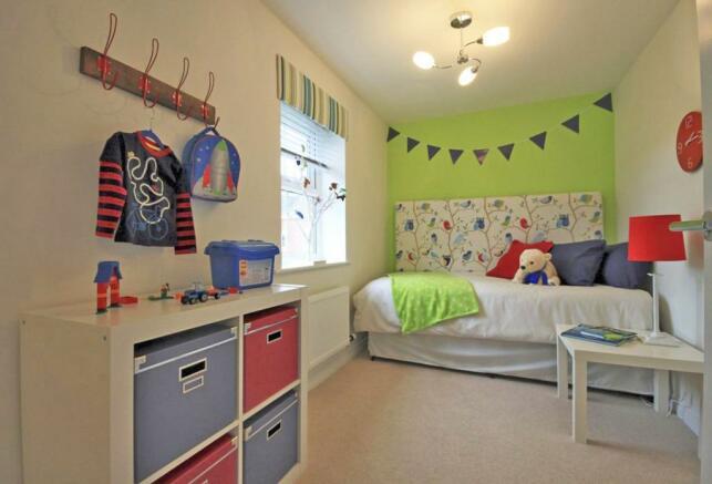 The Fairway Bedroom