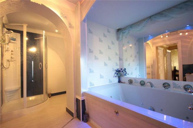 Flat 3 Bathroom