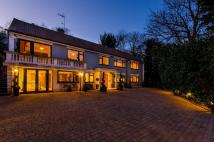 property for sale in Robin Hill House...
