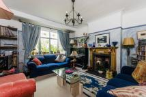 4 bed home in South Lane, New Malden...