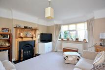3 bed Detached property in Fir Grove, New Malden...