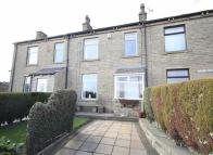 3 bedroom End of Terrace home for sale in Peep Green Road...