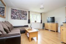 Apartment to rent in Ryland Close, Feltham...