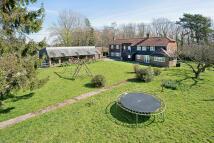 4 bed Farm House in Battle Road, Staplecross...