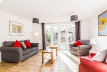 Maisonette to rent in Bancroft Road, London, E1