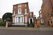 Flat in Westgate, Louth...