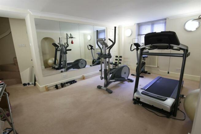 Bedroom Five / Gym R