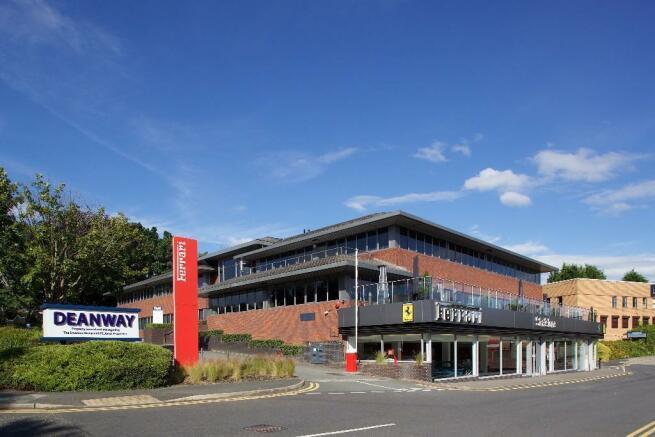 Commercial Property For Rent In Alderley Edge