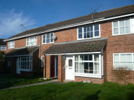 Maisonette to rent in Dunbar Drive, Woodley...