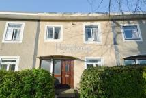 4 bed property in Robins Way, Hatfield...