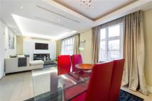 2 bedroom Apartment in Carrington House...