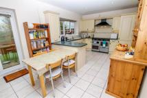 5 bed Detached property in Clements Close...