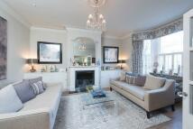 5 bedroom semi detached property in Brodrick Road