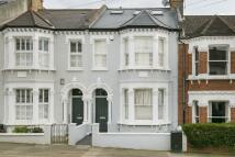 1 bedroom Flat for sale in Kelmscott Road...