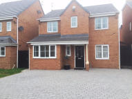 Detached property in Ridgewell Close...