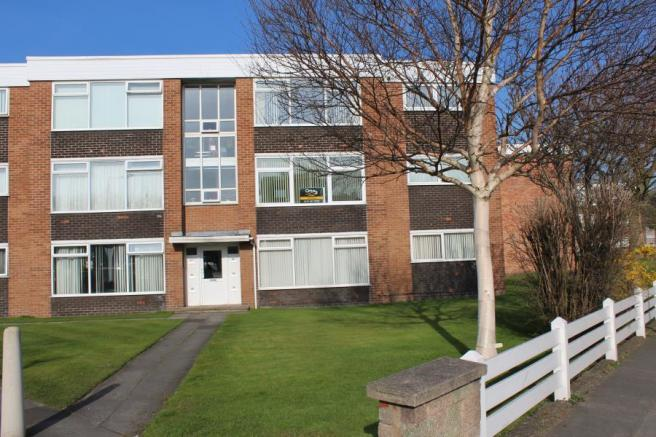 2 bedroom apartment for sale in avon court crosby village for Crosby apartments