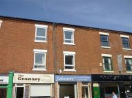 Flat to rent in Chilwell Road, Beeston...