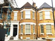 6 bed Terraced home in Mildenhall Road...