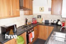 2 bed Ground Flat in Whitefield Terrace...