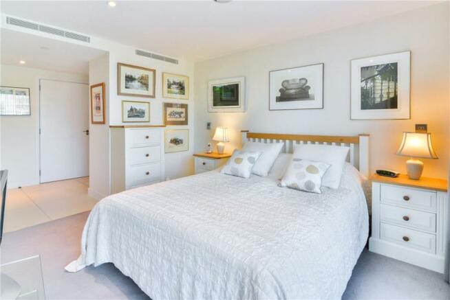 Ec1y: Bedroom