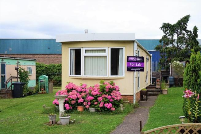 2 Bedroom Mobile Home For Sale In Quedgeley Court Park Gloucester