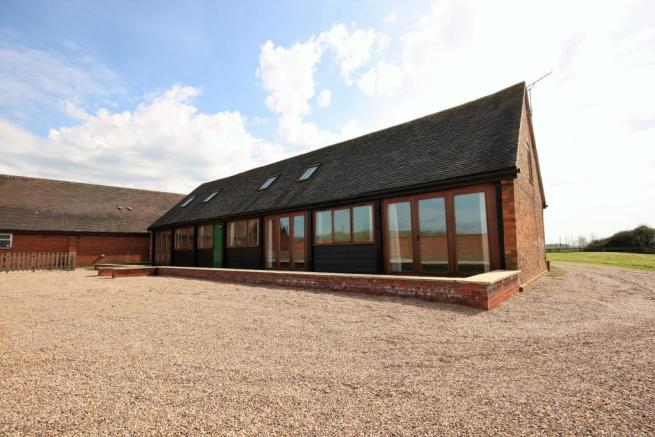 3 Bedroom Barn Conversion For Sale In Coombe Fields Road